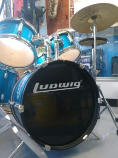 $199.99 - Ludwig 5-Piece Junior Accent CS Combo Drum Set Blue